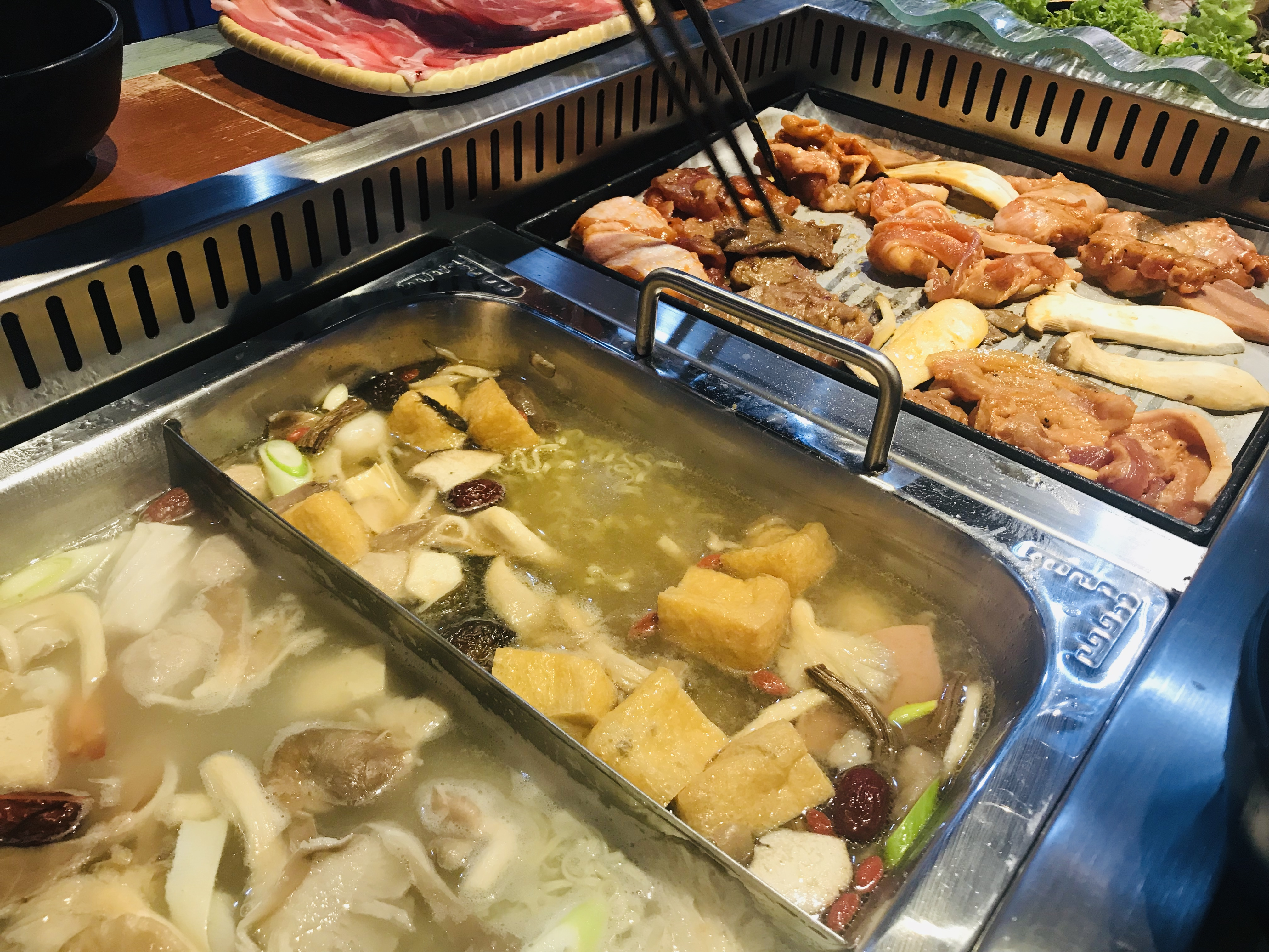 Bugis BBQ & Hotpot Buffet - Cooking