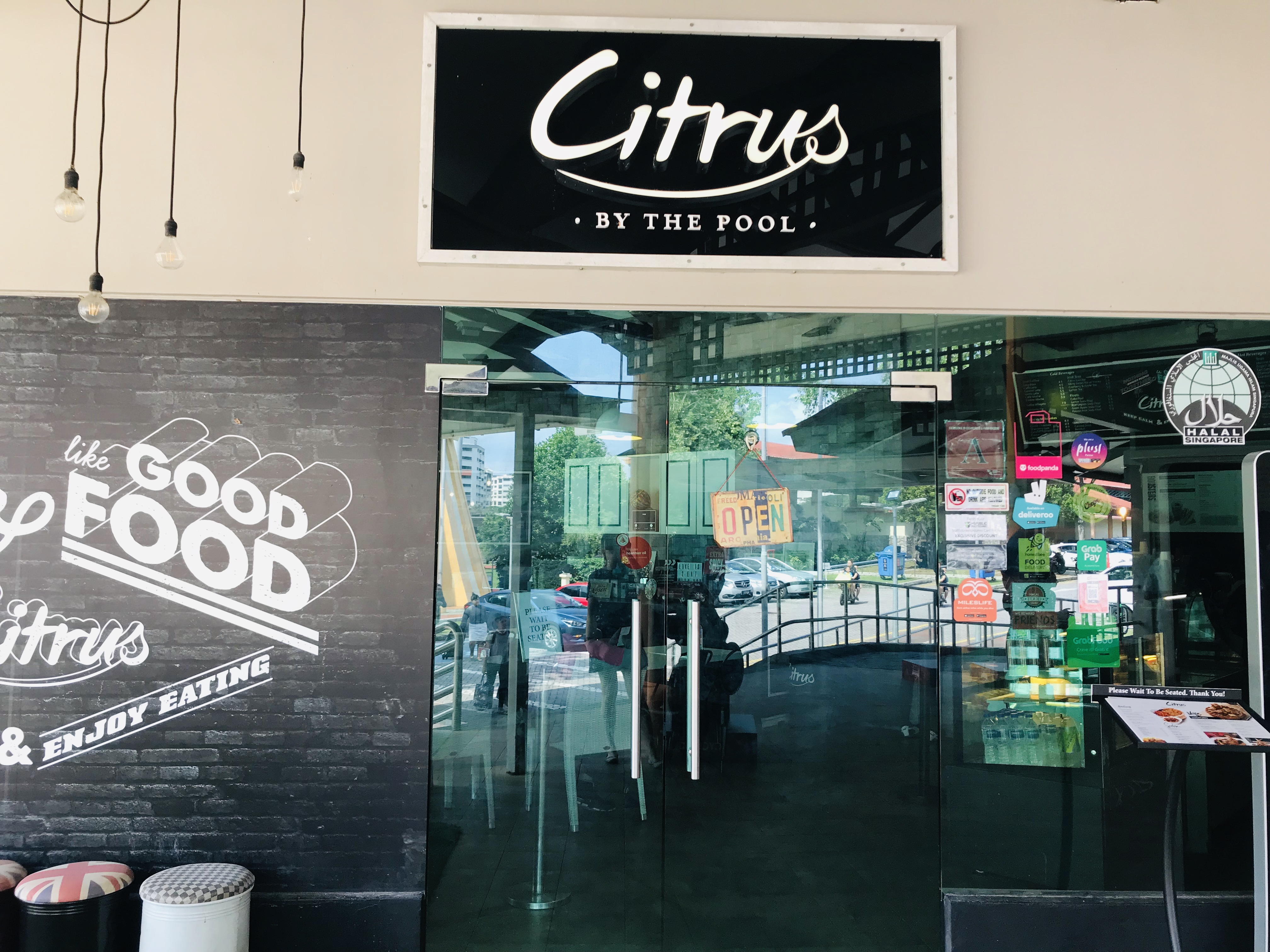 Citrus By The Pool - Restaurant Front