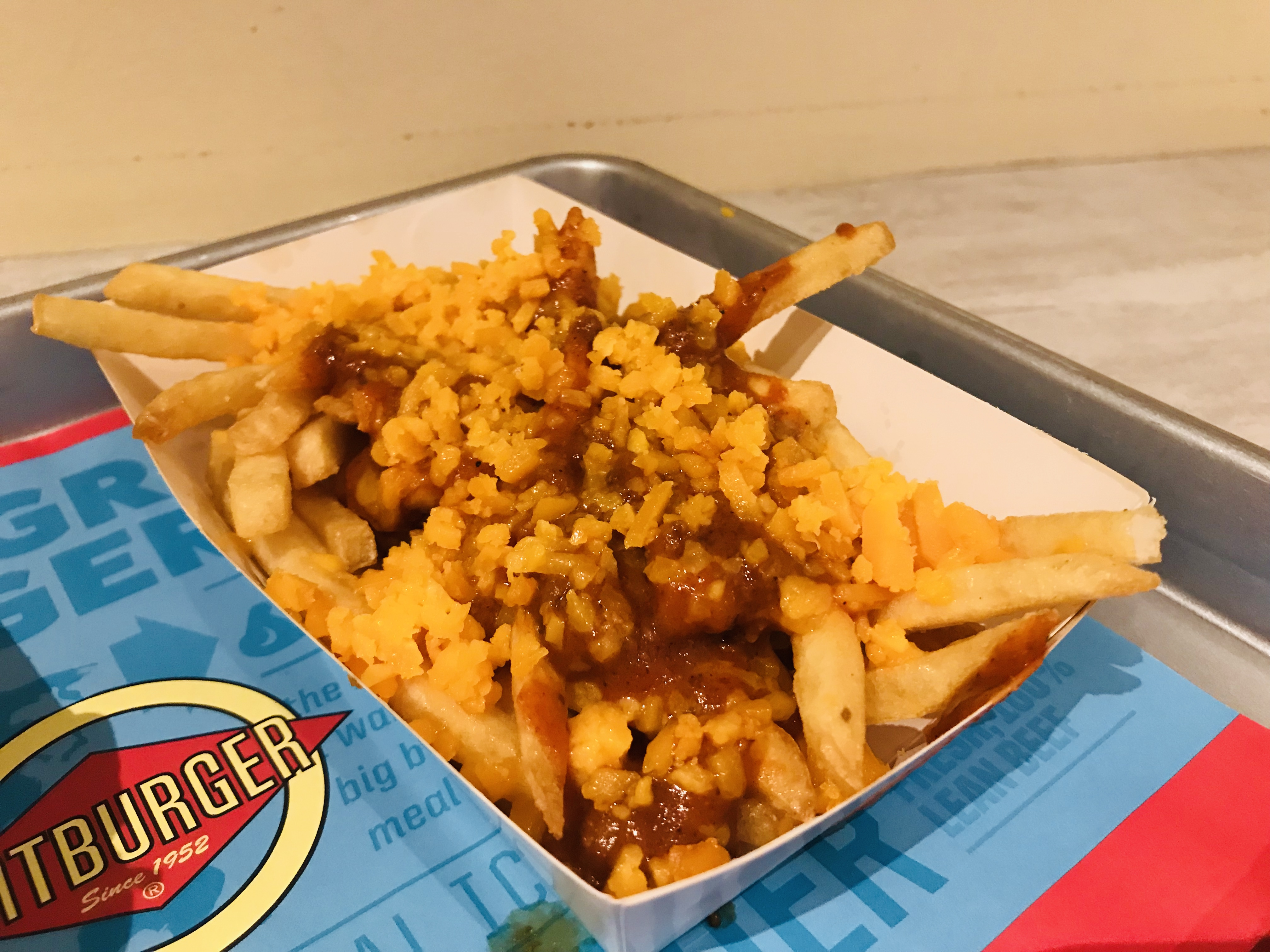 Fatburger - Chilli Cheese Fries