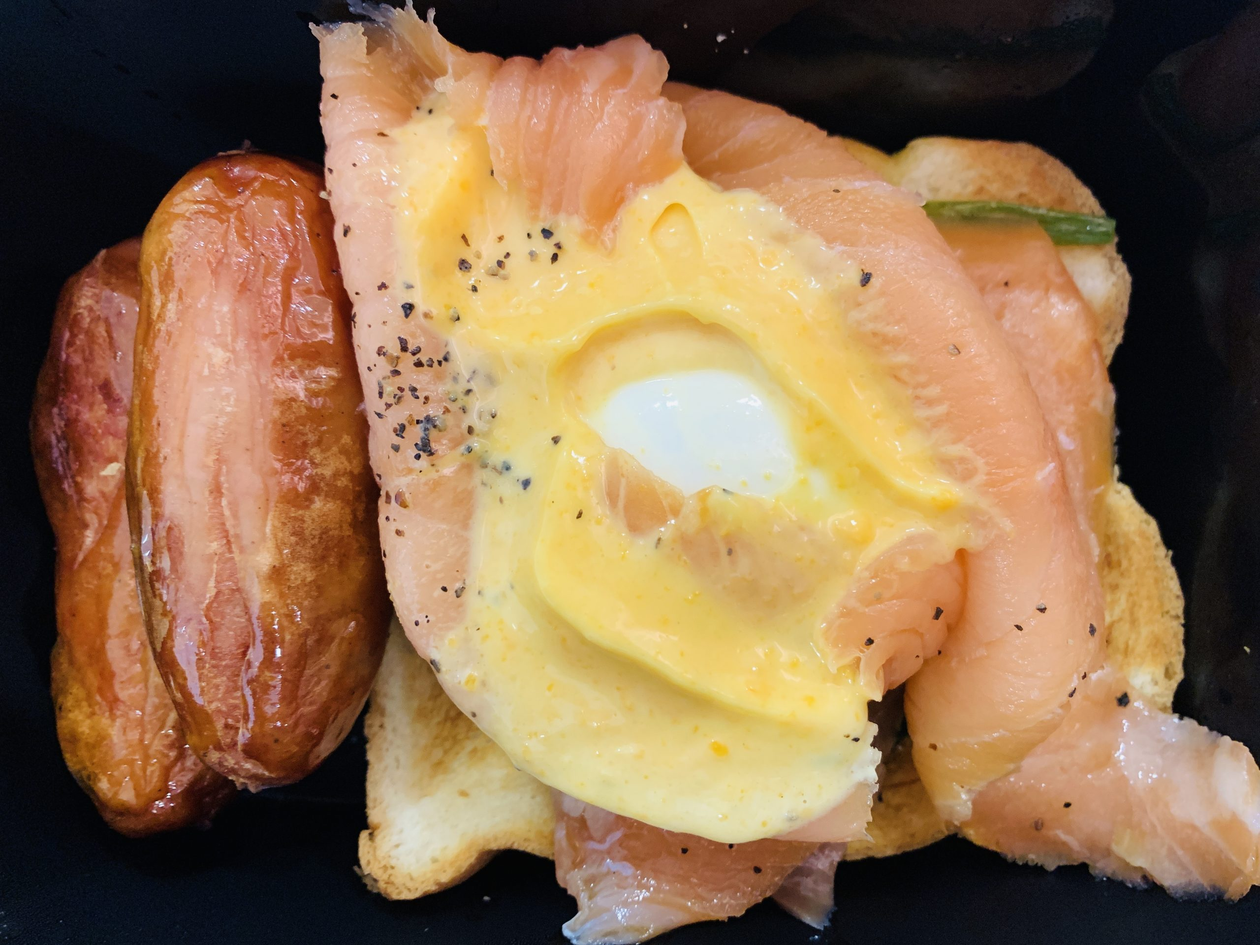 Tamago-EN - Smoked Salmon Egg Benedict Set