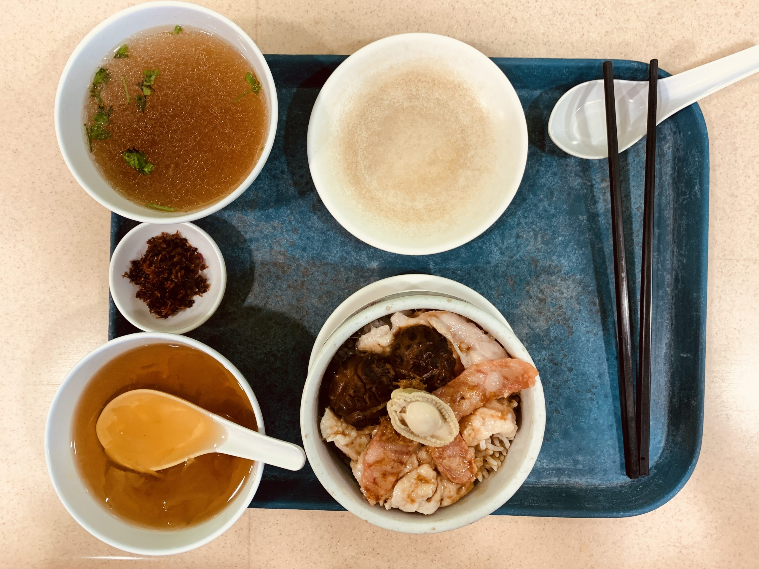 Rabbit Brand Seafood Delicacies - Set F Steamed Rice + Abalone + Scallop + Chicken + Chinese Tea (Hong Kong style)