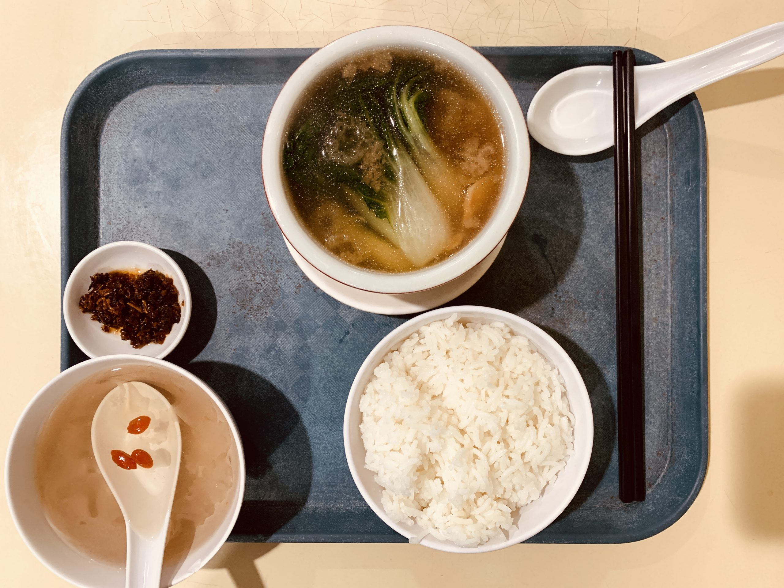 Rabbit Brand Seafood Delicacies - Set L Shark's Fin + Top Shell in Clear Soup + Rice + Chinese Tea
