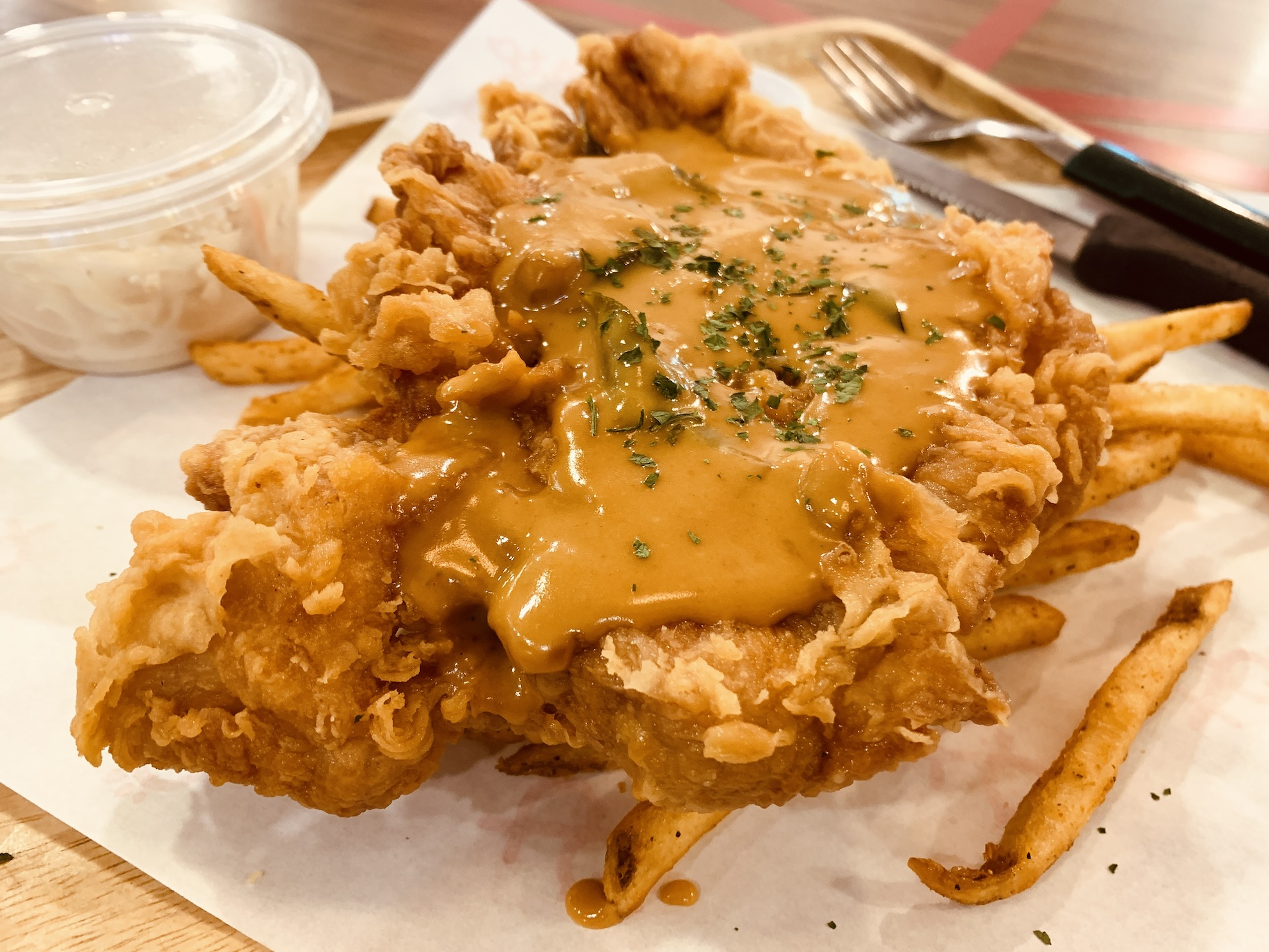 Fish & Chicks - Chicken (Grilled:Fried) with Salted Egg Sauce